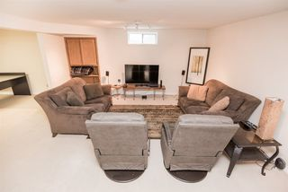 Photo 25: 216 WAYGOOD Road in Edmonton: Zone 22 House for sale : MLS®# E4168750