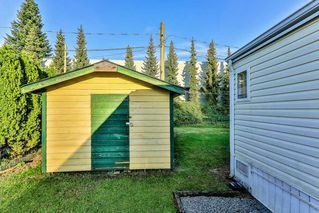 """Photo 11: 26 21163 LOUGHEED Highway in Maple Ridge: Southwest Maple Ridge Manufactured Home for sale in """"VAL MARIA"""" : MLS®# R2408207"""