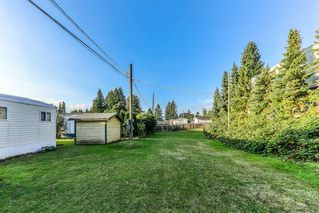 """Photo 14: 26 21163 LOUGHEED Highway in Maple Ridge: Southwest Maple Ridge Manufactured Home for sale in """"VAL MARIA"""" : MLS®# R2408207"""