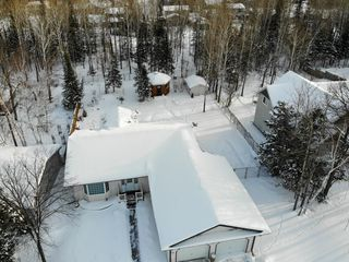 Photo 5: 38 Cameron Road in Pinawa: R18 Residential for sale : MLS®# 202001664