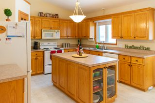 Photo 10: 38 Cameron Road in Pinawa: R18 Residential for sale : MLS®# 202001664