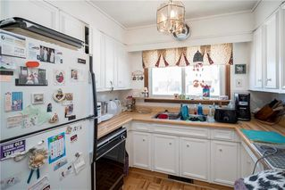 Photo 3: 52 Reay Crescent in Winnipeg: Valley Gardens Residential for sale (3E)  : MLS®# 202003630