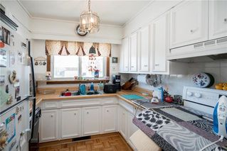 Photo 2: 52 Reay Crescent in Winnipeg: Valley Gardens Residential for sale (3E)  : MLS®# 202003630