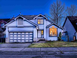 Photo 16: 2380 MARIANA Place in Coquitlam: Cape Horn House for sale : MLS®# R2437965