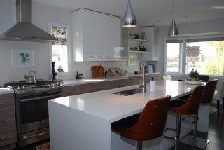 Photo 5: 1124 108 Street in Edmonton: Zone 16 House for sale : MLS®# E4195967