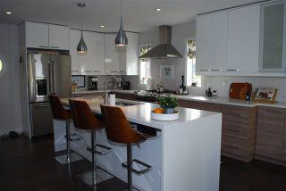 Photo 6: 1124 108 Street in Edmonton: Zone 16 House for sale : MLS®# E4195967