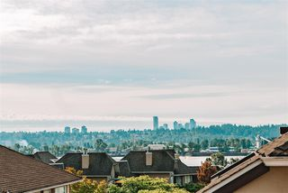 Photo 3: 8 52 RICHMOND Street in New Westminster: Fraserview NW Townhouse for sale : MLS®# R2462848