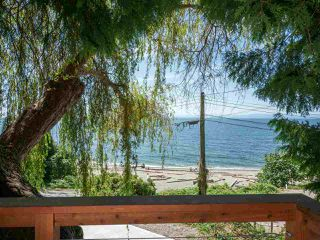 "Photo 20: 1968 OCEAN BEACH Esplanade in Gibsons: Gibsons & Area House for sale in ""BONNIEBROOK BEACH"" (Sunshine Coast)  : MLS®# R2480476"