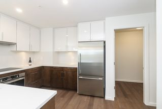 """Photo 10: 985 W 70TH Avenue in Vancouver: Marpole Townhouse for sale in """"Shaughnessy Gate"""" (Vancouver West)  : MLS®# R2484292"""