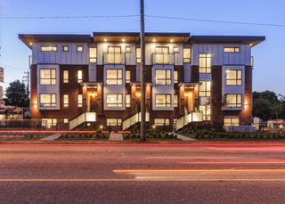 """Photo 32: 985 W 70TH Avenue in Vancouver: Marpole Townhouse for sale in """"Shaughnessy Gate"""" (Vancouver West)  : MLS®# R2484292"""