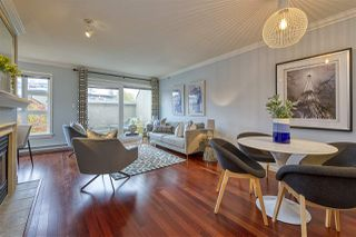 "Photo 4: 404 2161 W 12TH Avenue in Vancouver: Kitsilano Condo for sale in ""THE CARLINGS"" (Vancouver West)  : MLS®# R2502485"