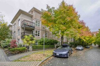 "Photo 3: 404 2161 W 12TH Avenue in Vancouver: Kitsilano Condo for sale in ""THE CARLINGS"" (Vancouver West)  : MLS®# R2502485"