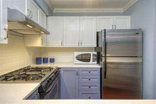 "Photo 11: 404 2161 W 12TH Avenue in Vancouver: Kitsilano Condo for sale in ""THE CARLINGS"" (Vancouver West)  : MLS®# R2502485"
