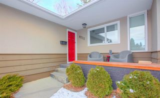 Photo 4: 8232 10 Street SW in Calgary: Chinook Park Detached for sale : MLS®# A1055347