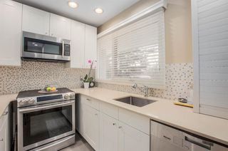 Photo 13: 8232 10 Street SW in Calgary: Chinook Park Detached for sale : MLS®# A1055347