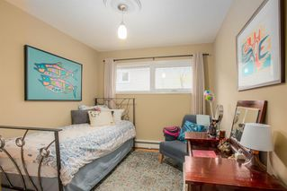 Photo 15: 8232 10 Street SW in Calgary: Chinook Park Detached for sale : MLS®# A1055347