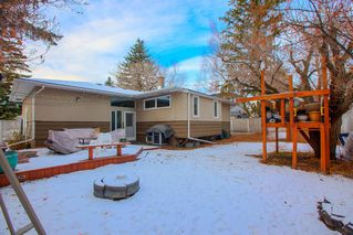 Photo 34: 8232 10 Street SW in Calgary: Chinook Park Detached for sale : MLS®# A1055347
