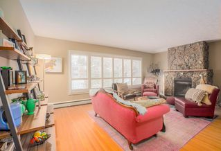 Photo 5: 8232 10 Street SW in Calgary: Chinook Park Detached for sale : MLS®# A1055347