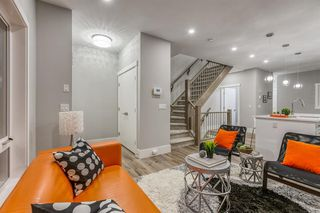 Photo 5: 1191 42 Street in Calgary: Montgomery Row/Townhouse for sale : MLS®# A1054999