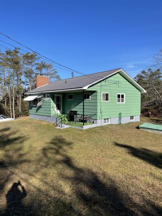 Main Photo: 629 Port Clyde Road in Port Clyde: 407-Shelburne County Residential for sale (South Shore)  : MLS®# 202101039