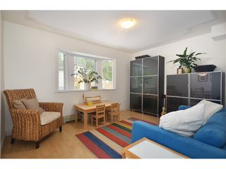 "Photo 9: 878 E 23RD AV in Vancouver: Fraser VE House for sale in ""CEDAR COTTAGE"" (Vancouver East)  : MLS®# V1022949"