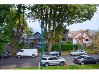 Photo 12: 528 E 10TH AV in Vancouver: Mount Pleasant VE House 1/2 Duplex for sale (Vancouver East)  : MLS®# V1024473