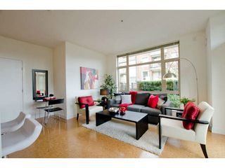 Photo 15: 218 East 12th Street in Vancouver: Mount Pleasant VE Townhouse for sale (Vancouver East)  : MLS®# V1054641