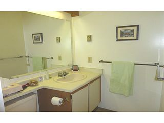 Photo 9: # 2 14263 18A AV in Surrey: Sunnyside Park Surrey Condo for sale (South Surrey White Rock)  : MLS®# F1417983