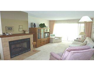 Photo 3: # 2 14263 18A AV in Surrey: Sunnyside Park Surrey Condo for sale (South Surrey White Rock)  : MLS®# F1417983