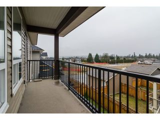 Photo 13: 18383 67 Avenue in Surrey: Cloverdale BC House for sale (Cloverdale)  : MLS®# F1431639