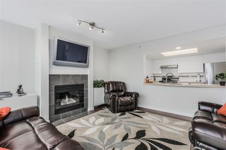 Photo 4: 1704 1188 QUEBEC STREET in Vancouver: Mount Pleasant VE Condo for sale (Vancouver East)  : MLS®# R2007487