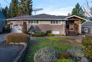 Photo 1: 1129 BARTLETT AVENUE in Coquitlam: Harbour Chines House for sale : MLS®# R2028937