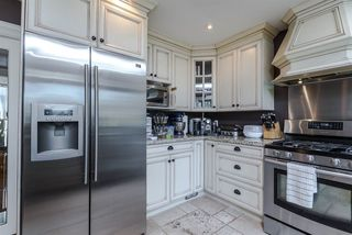 Photo 6: 1129 BARTLETT AVENUE in Coquitlam: Harbour Chines House for sale : MLS®# R2028937