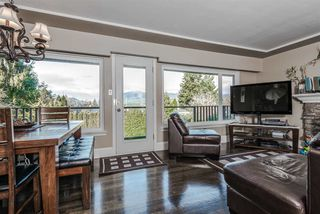 Photo 2: 1129 BARTLETT AVENUE in Coquitlam: Harbour Chines House for sale : MLS®# R2028937