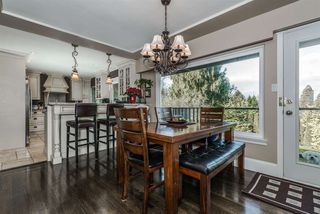 Photo 3: 1129 BARTLETT AVENUE in Coquitlam: Harbour Chines House for sale : MLS®# R2028937