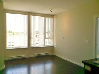 Photo 3: 309 2008 E 54TH STREET in Vancouver: Fraserview VE Condo for sale (Vancouver East)  : MLS®# R2067519