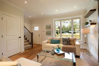 Photo 3: 1669 ADANAC STREET in Vancouver: Hastings House 1/2 Duplex for sale (Vancouver East)  : MLS®# R2123205