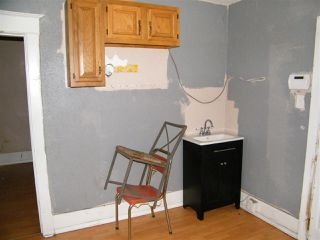 Photo 3: 11723 80 Street in Edmonton: Zone 05 House for sale : MLS®# E4168547