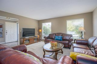 Photo 5: 15484 19 Avenue in Surrey: King George Corridor House for sale (South Surrey White Rock)  : MLS®# R2398510