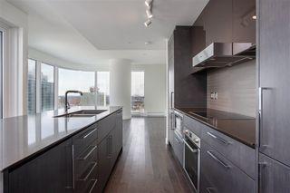 Photo 15: 2703 10360 102 Street in Edmonton: Zone 12 Condo for sale : MLS®# E4191596