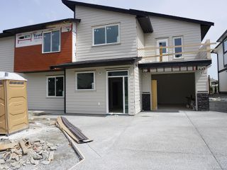 Photo 2: 152 Lindquist Rd in NANAIMO: Na North Nanaimo Half Duplex for sale (Nanaimo)  : MLS®# 842784