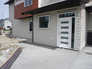 Photo 3: 152 Lindquist Rd in NANAIMO: Na North Nanaimo Half Duplex for sale (Nanaimo)  : MLS®# 842784