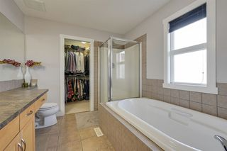 Photo 35: 1426 CYPRUS Way in Edmonton: Zone 27 House for sale : MLS®# E4212438