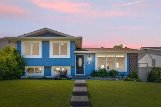 Main Photo: 1315 LAKE ONTARIO Drive SE in Calgary: Lake Bonavista Detached for sale : MLS®# A1033727
