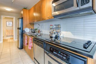 "Photo 18: 808 1155 SEYMOUR Street in Vancouver: Downtown VW Condo for sale in ""BRAVA!!!"" (Vancouver West)  : MLS®# R2508756"