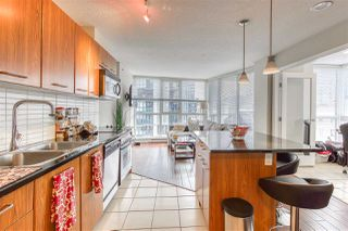 "Photo 22: 808 1155 SEYMOUR Street in Vancouver: Downtown VW Condo for sale in ""BRAVA!!!"" (Vancouver West)  : MLS®# R2508756"