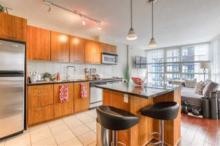 "Photo 20: 808 1155 SEYMOUR Street in Vancouver: Downtown VW Condo for sale in ""BRAVA!!!"" (Vancouver West)  : MLS®# R2508756"