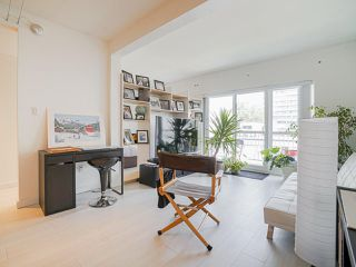 "Photo 3: 410 1655 NELSON Street in Vancouver: West End VW Condo for sale in ""Hampstead Manor"" (Vancouver West)  : MLS®# R2513219"