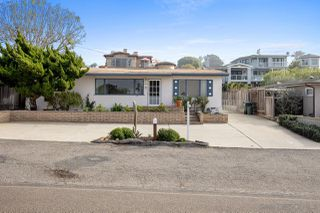 Photo 9: SOLANA BEACH House for sale : 3 bedrooms : 654 Glenmont