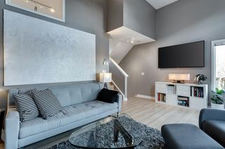 Photo 6: 266 Inglewood Grove SE in Calgary: Inglewood Row/Townhouse for sale : MLS®# A1058368